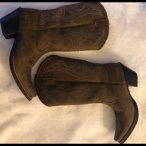 Ariat Women's Round Up Western Boots